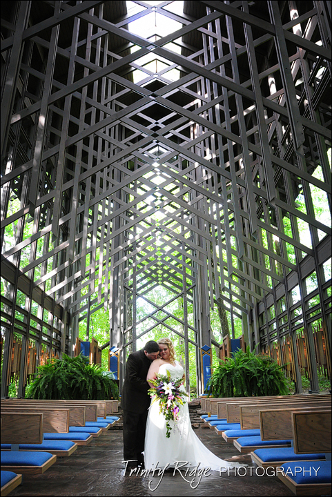 thorncrown chapel wedding eureka springs wedding