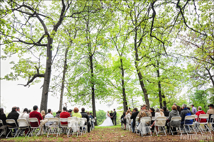 Grove Oklahoma outside ceremony wedding photographers