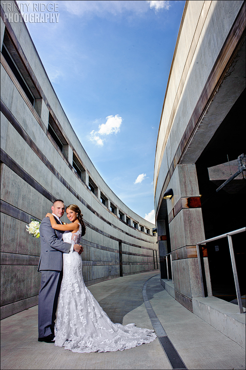 Crystal Bridges Wedding Bentonville Arkansas Wedding Photographers