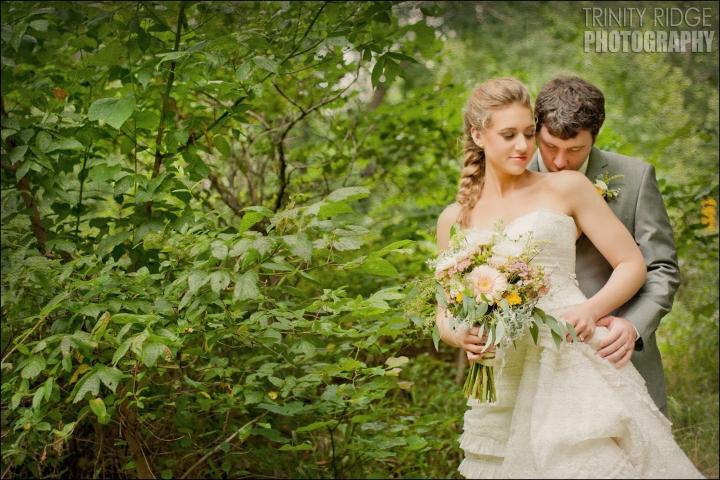 bride and groom wedding eureka springs arkansas